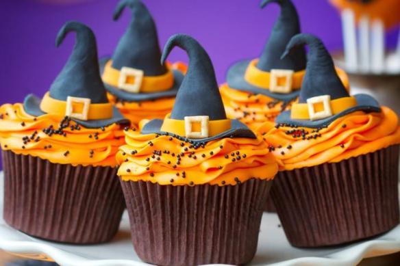 Halloween-Cupcakes HD Wallpaper, hd wallpaper, halloween, cupcakes, dessert, witch hat, blue witch hat, orange buttercream frosting, food, wallpaper