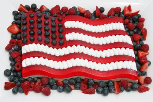 Fruit Food Flag Jello 4th July 2013, 4th of July, American Food Flag, FOOD FLAGS, jello, strawberries, blueberries, candy, food, desserts